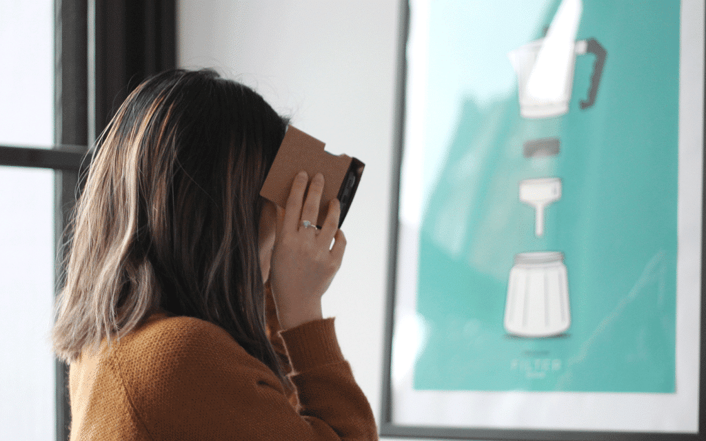 Virtual Reality, shopper experience in the retail industry