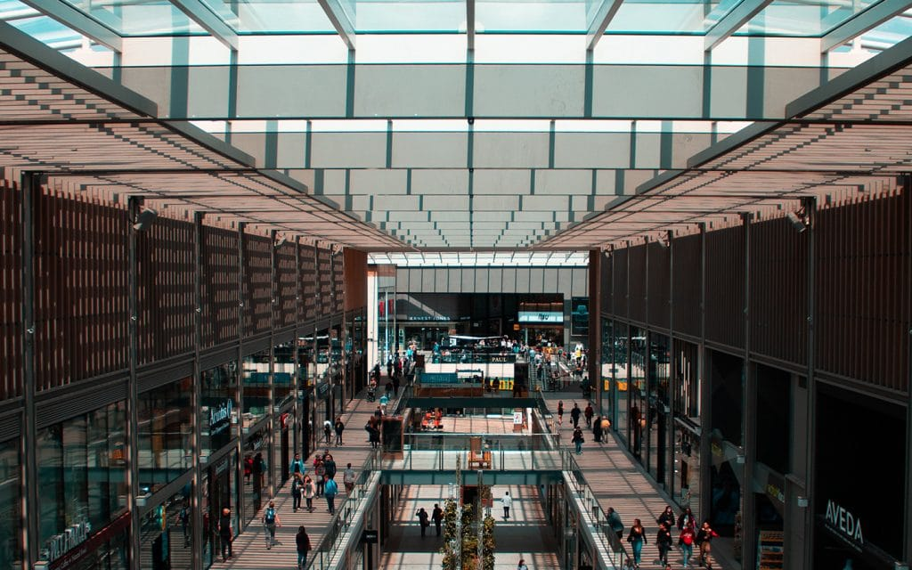 Shopping centres and data-retail